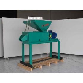 PELADORA DE PISTACHOS Modelo R-200/900 DESP209MT